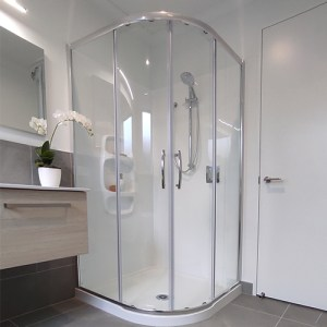 Curved Showers